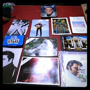 A Collection of ELVIS Presley items 11Pcs.
